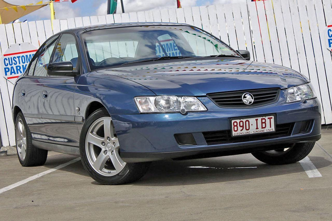 2002 Holden COMMODORE VY EXECUTIVE