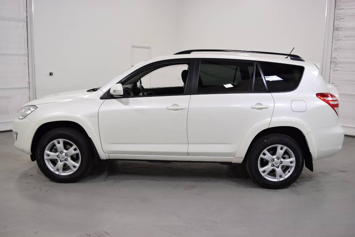 2010 toyota rav4 aca33r 08 upgrade cruiser l 4x4. Black Bedroom Furniture Sets. Home Design Ideas