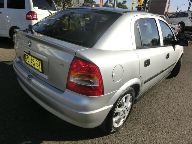 2005 holden astra price guide