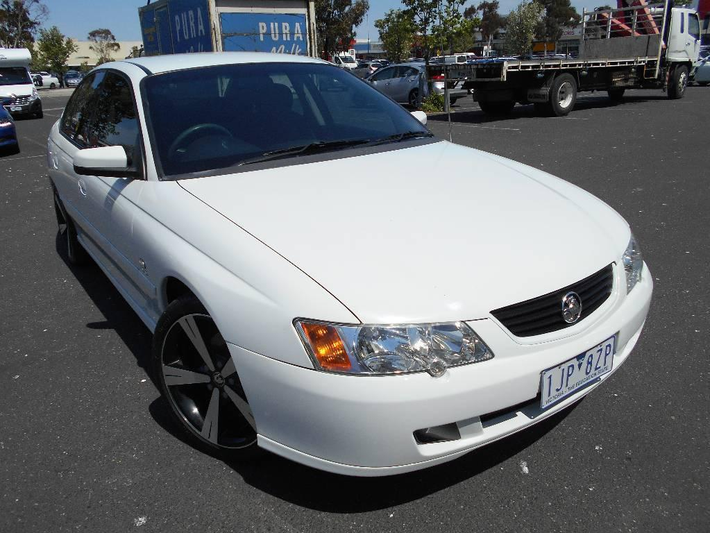 2004 Holden COMMODORE VYII ACCLAIM
