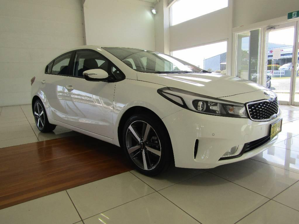 17 Kia CERATO  YD MY17 S SEDAN 4DR SA 6SP 2.0I