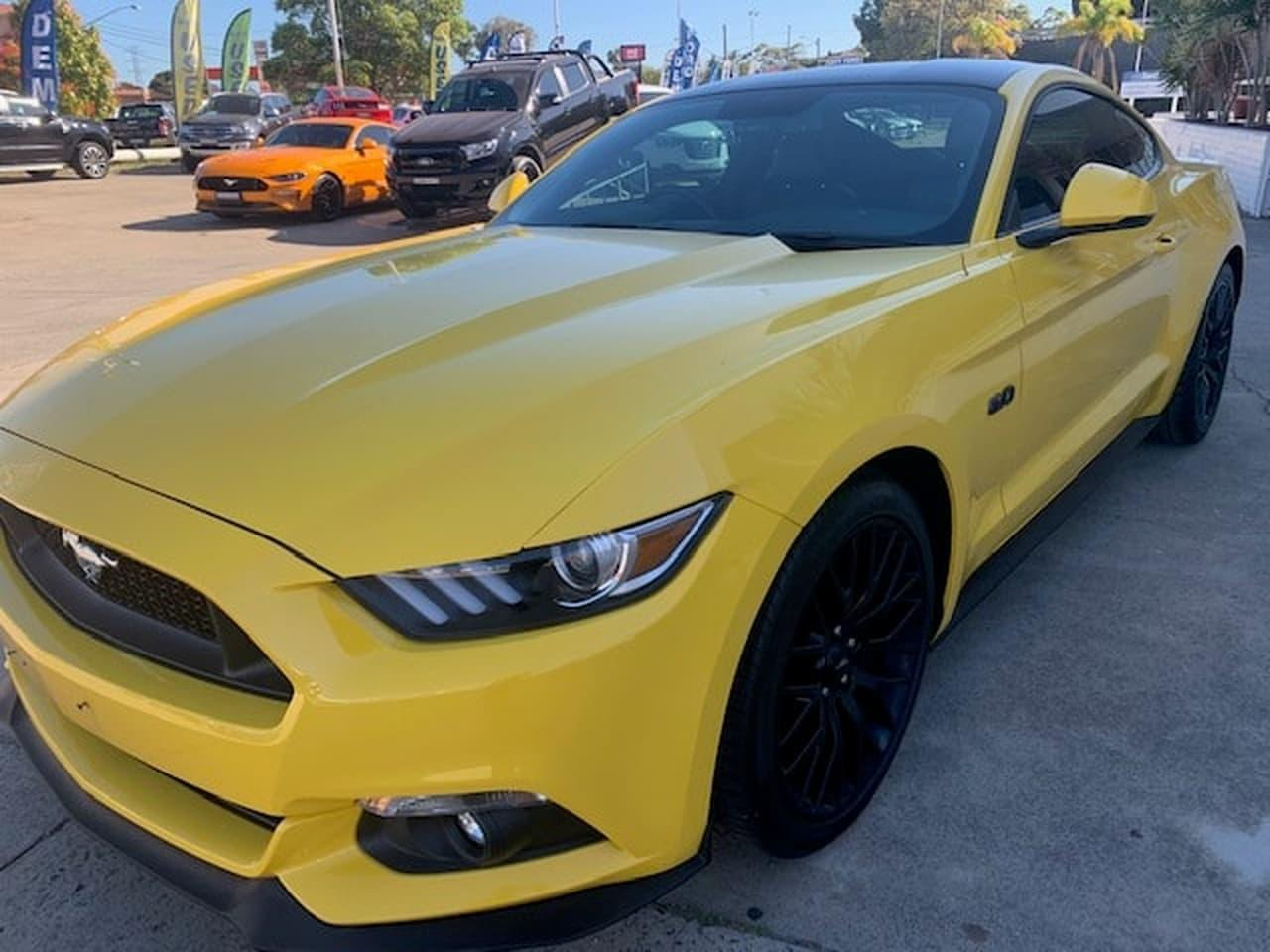 2017 Ford Mustang FM GT