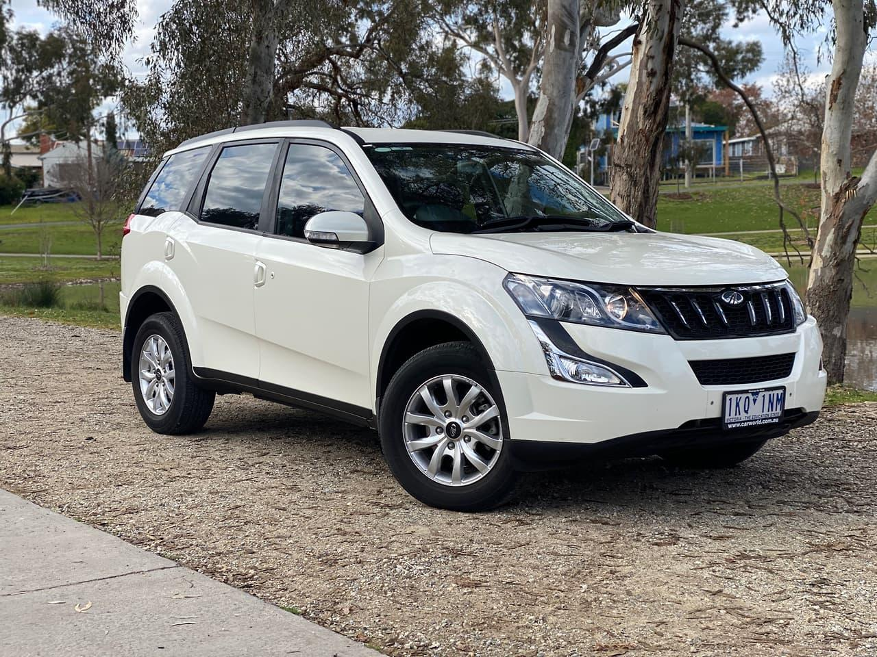 2016 Mahindra XUV500 (No Series) W8