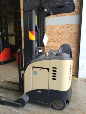 crown stand up forklift